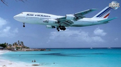Air-France-Travel-Book-by-Koming-up