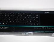 Logitech_Wireless_All-in-One_Keyboard_TK820-01