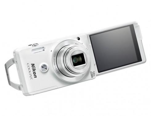 Nikon_COOLPIX_S6900