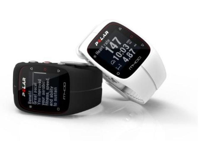 polar propose sa montre gps m400. Black Bedroom Furniture Sets. Home Design Ideas