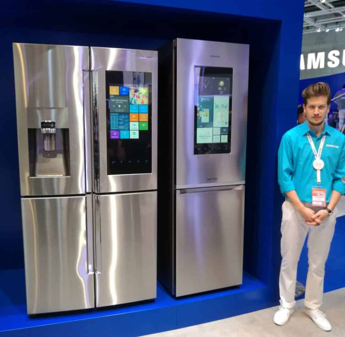 samsung propose un nouveau frigo connect. Black Bedroom Furniture Sets. Home Design Ideas