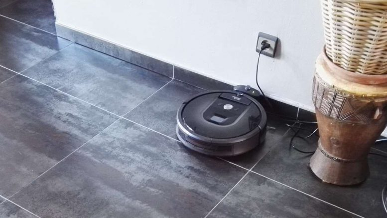 test irobot roomba 980 un aspirateur robot wi fi. Black Bedroom Furniture Sets. Home Design Ideas