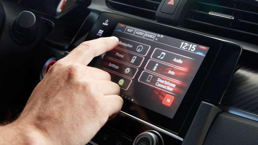Apple car play android auto et recharge qi pour la for Honda apple play
