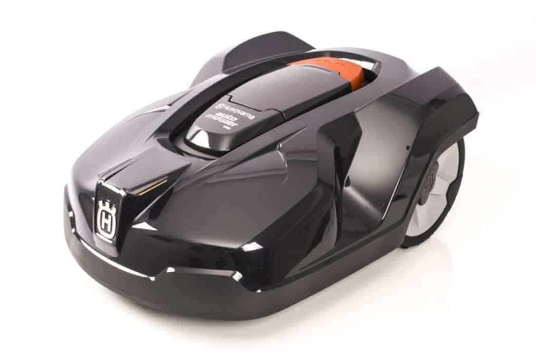 husqvarna automower 440 le nouveau robot tondeuse connect. Black Bedroom Furniture Sets. Home Design Ideas