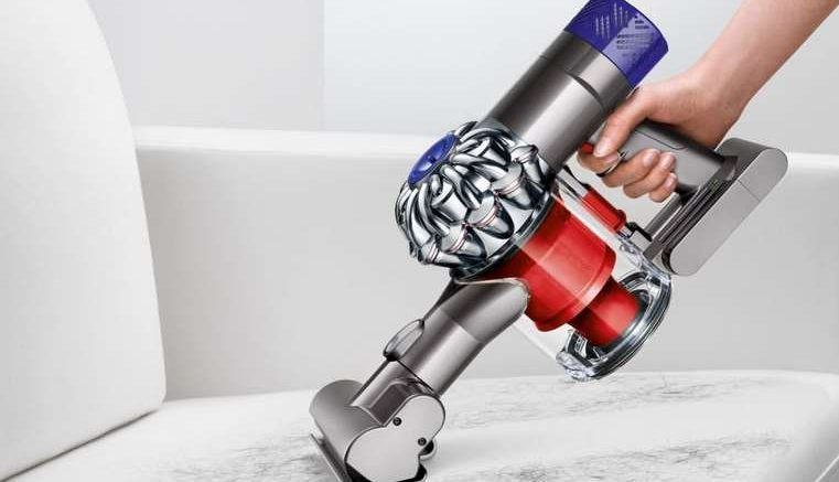 bon plan dyson v6 total clean 349 au lieu de 599. Black Bedroom Furniture Sets. Home Design Ideas