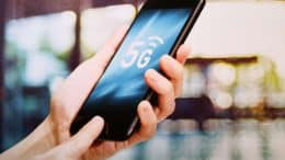 5G on smartphone