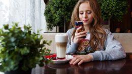 Smartphone ados
